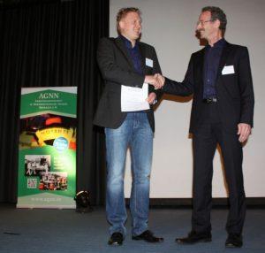 Dr. Roman Lukas, Preisträger und Dr. Sebastian Wirtz, Vorsitzender der AGNN (v.l.n.r.)